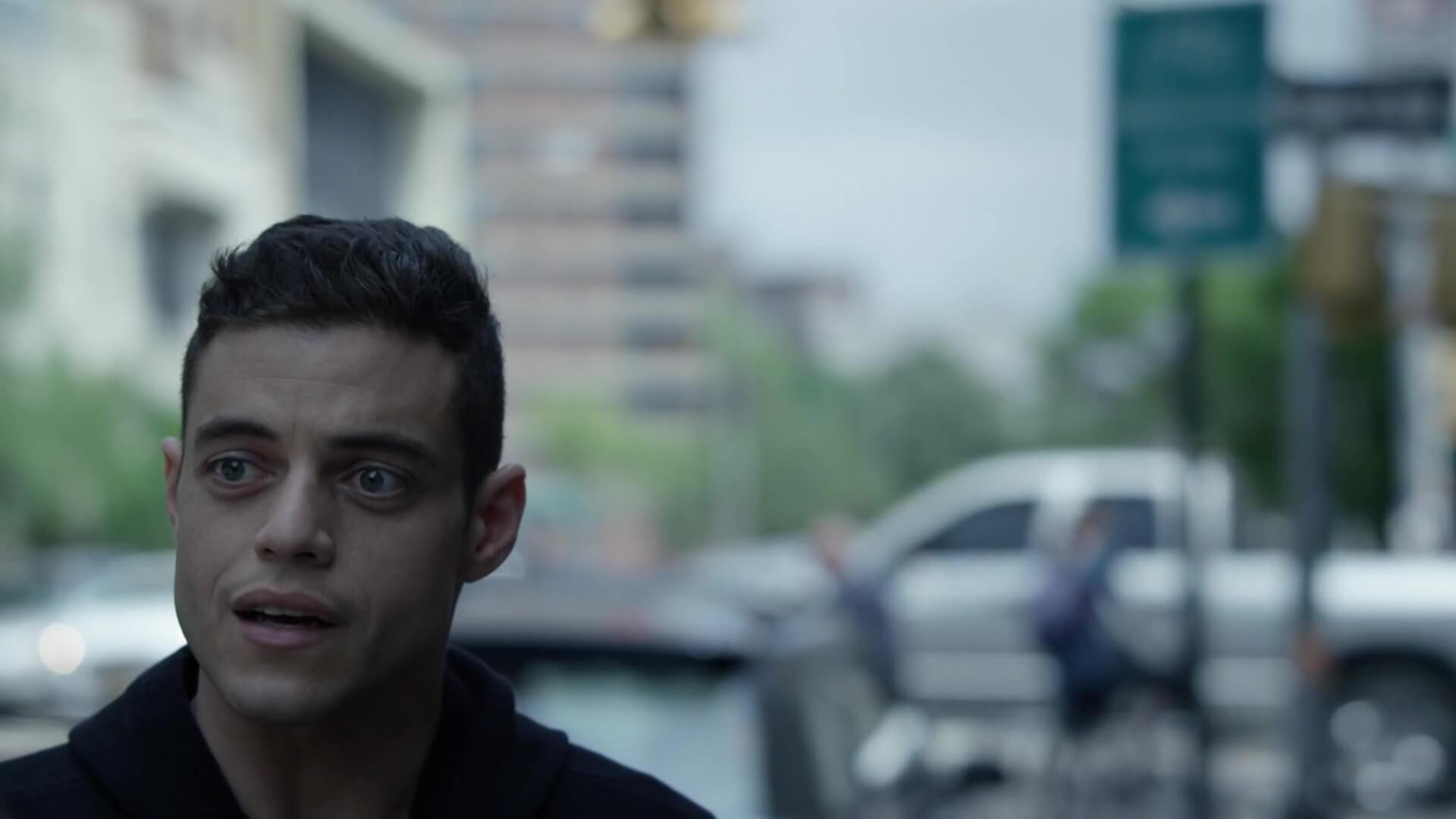 4 Unbelievable Ways Directing Styles Improve Story - Mr. Robot Framing and Composition