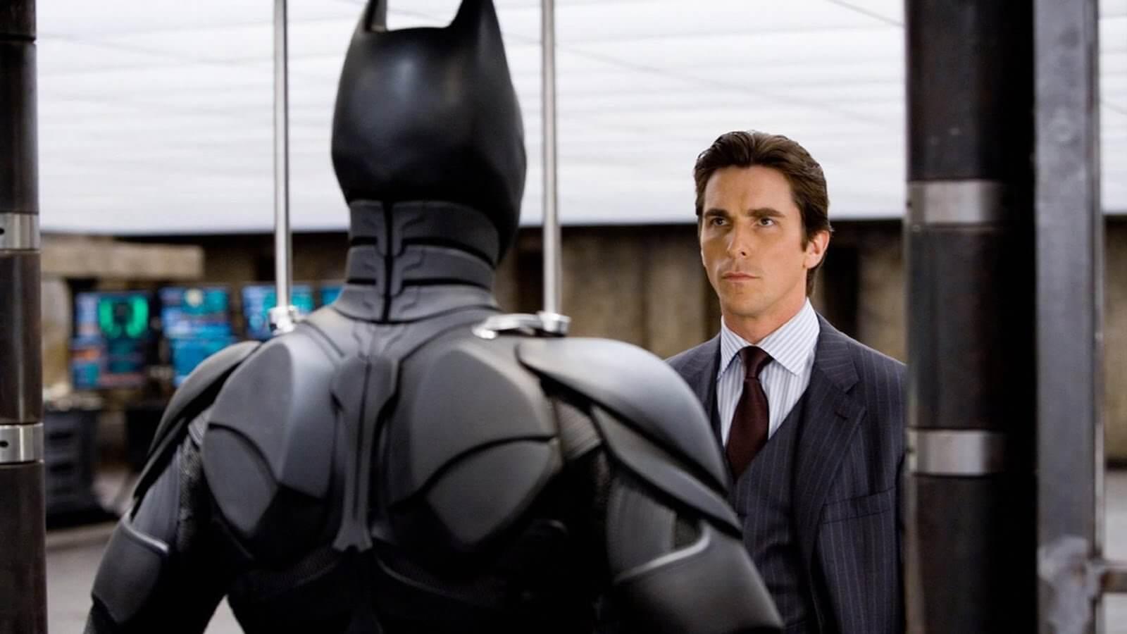 How to Write a Story Outline - Free Script Template - Bruce Wayne Faces Batman
