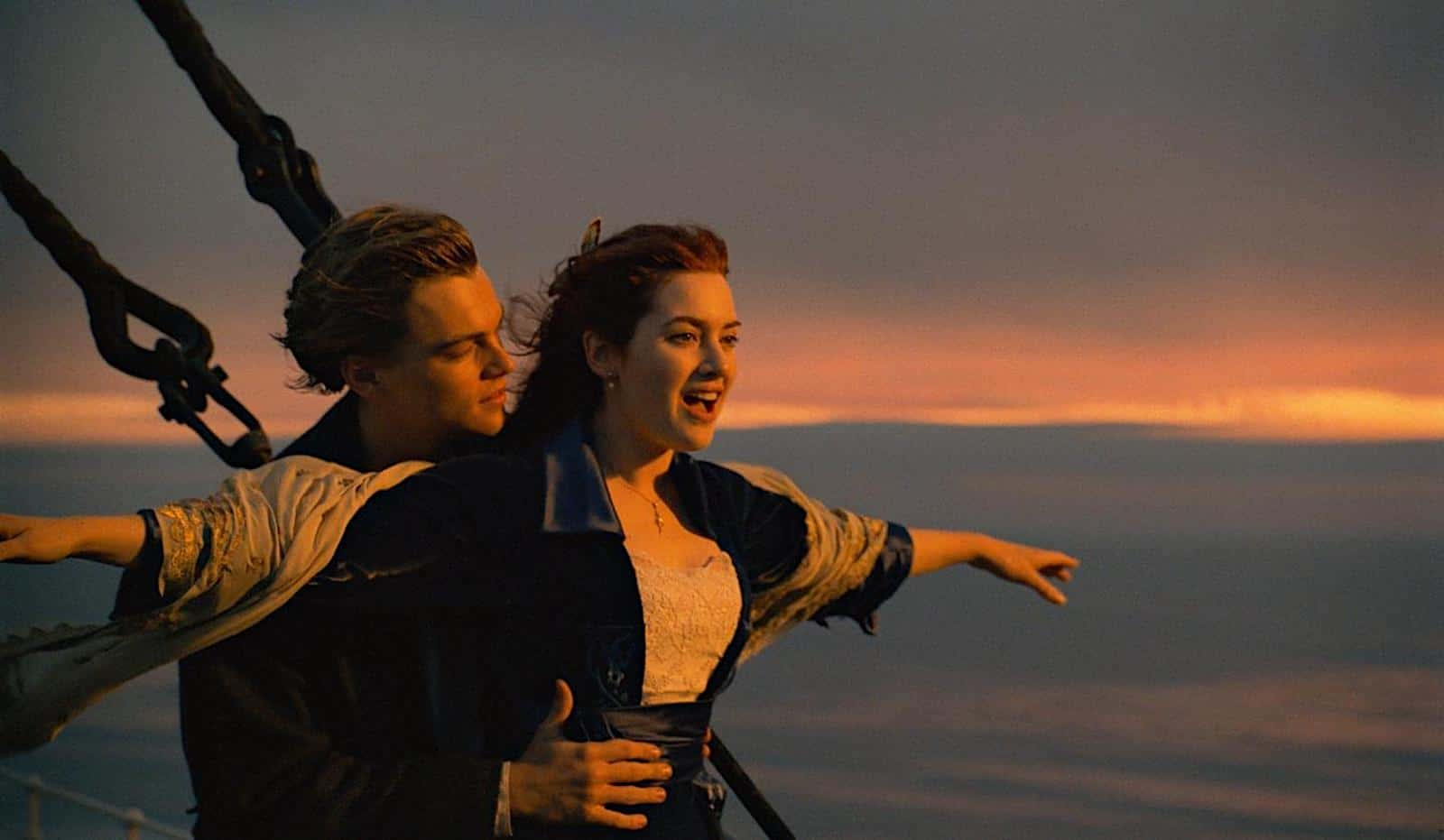 Define-Internal-and-External-Conflict-Titanic-Flying