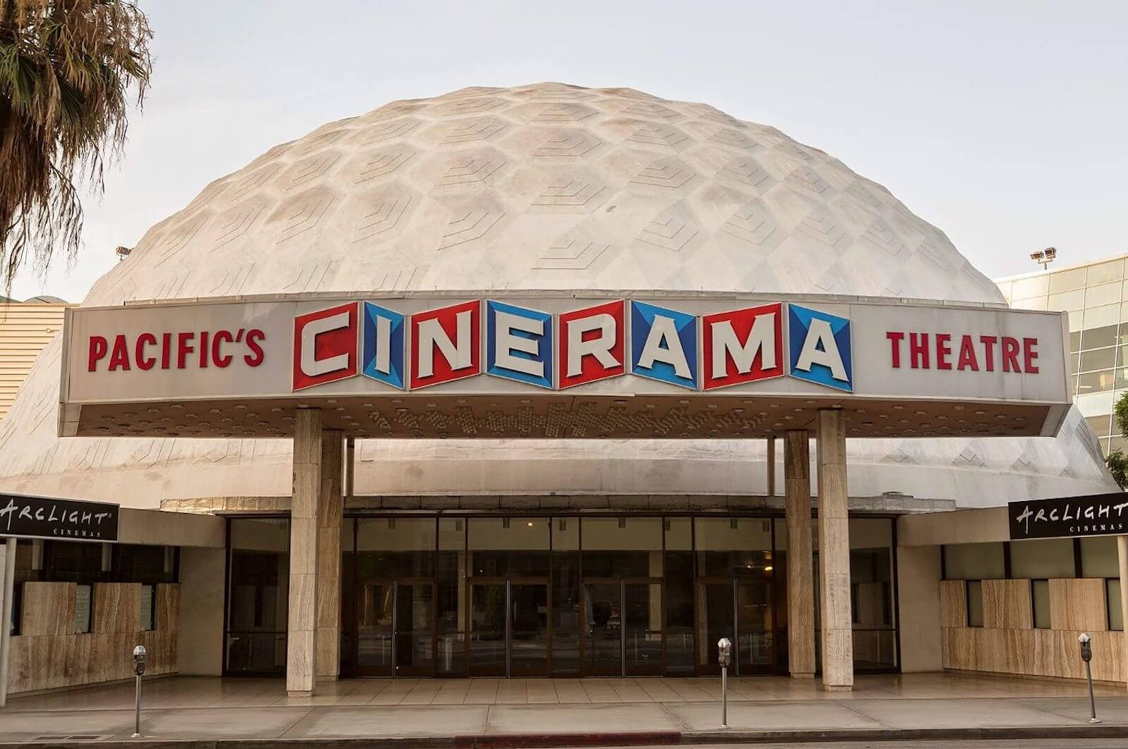 What-is-Widescreen-Aspect-Ratio-Pacifics-Cinerama-Theatre