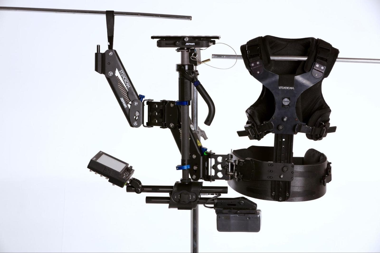 Camera-Stabilizer-Gimbal-Best-Video-Camera-Stabilizers-Tiffen-Steadicam-Zephr-Example