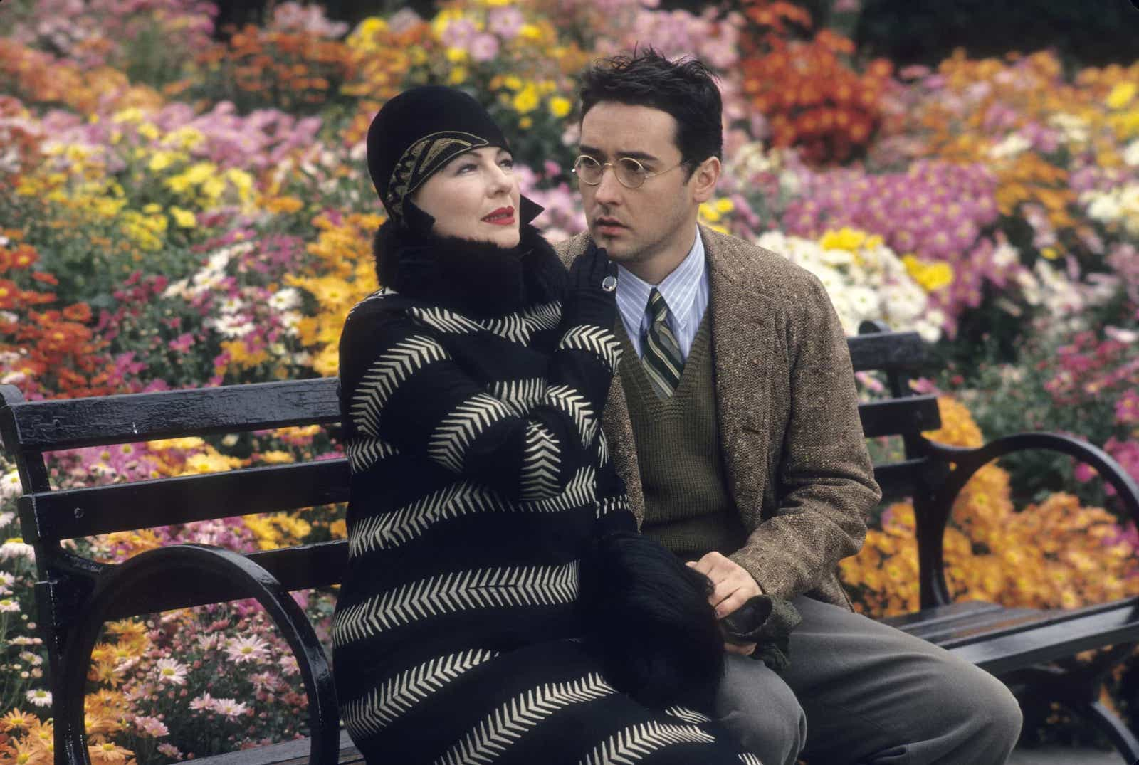 Best Comedy Films - Bullets Over Broadway - Woody Allen - StudioBinder