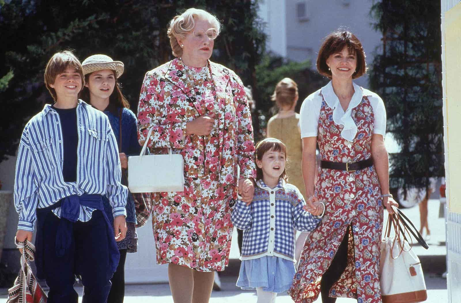 Funniest Movies of all time - Mrs. Doubtfire - Robin Williams - StudioBinder