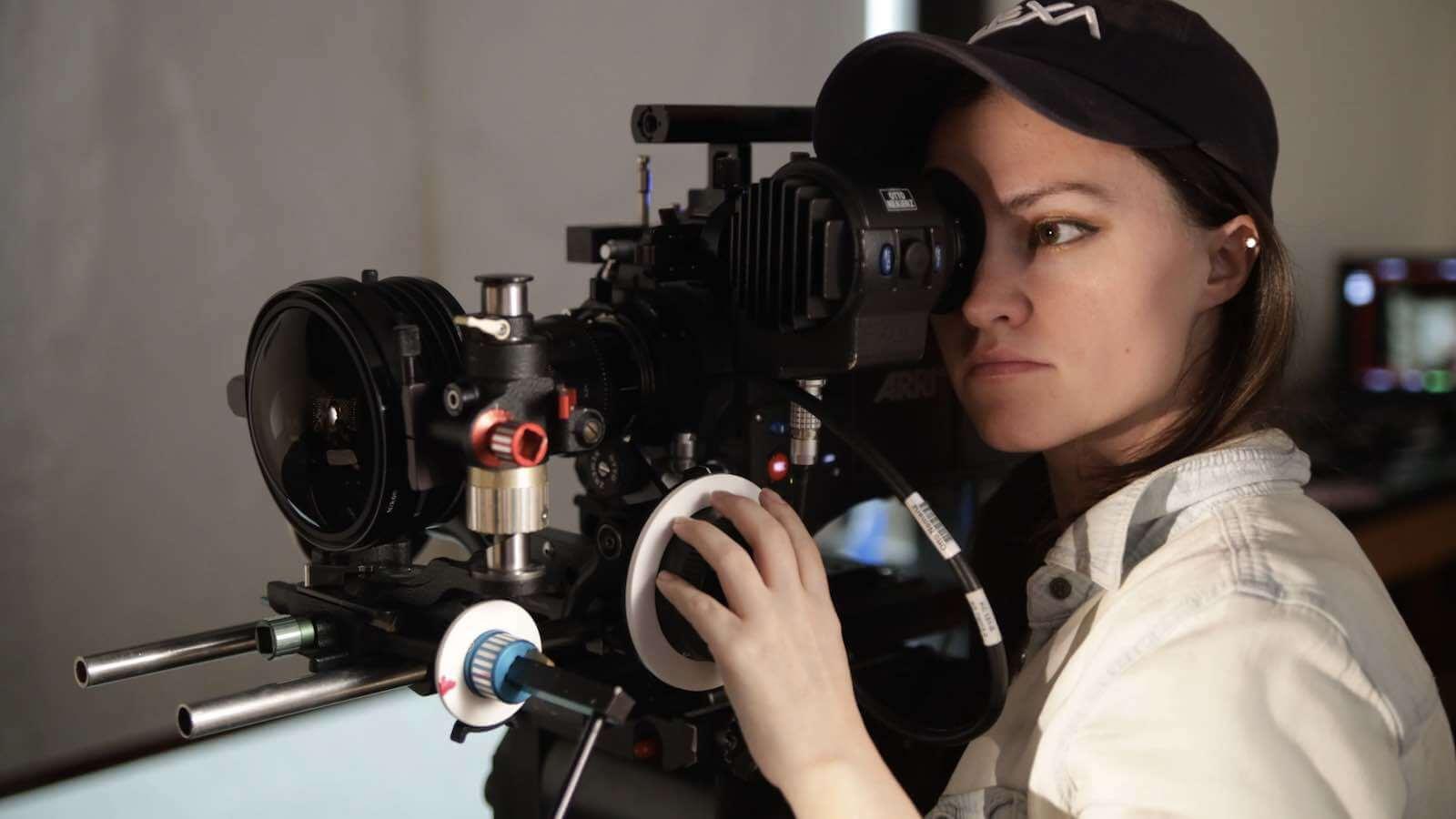 Deakinizer Lenses - Kaity Williams - StudioBinder