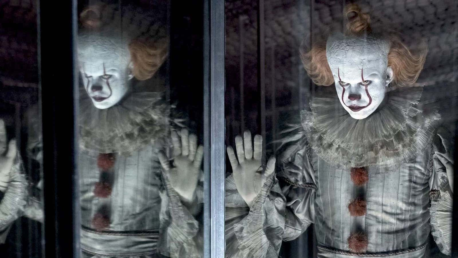 it-chapter-two-review-pennywise-mirror