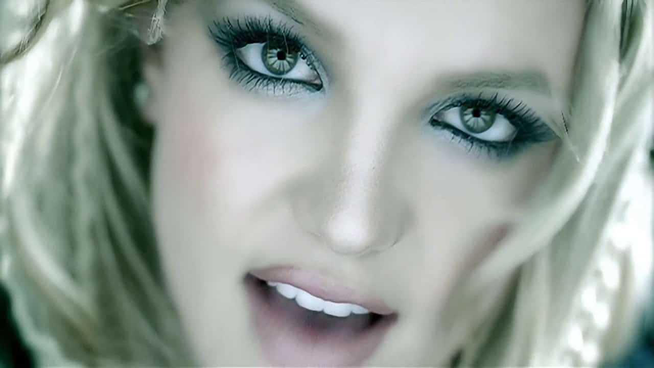 Catchlight Photography - Britney Spears - StudioBinder