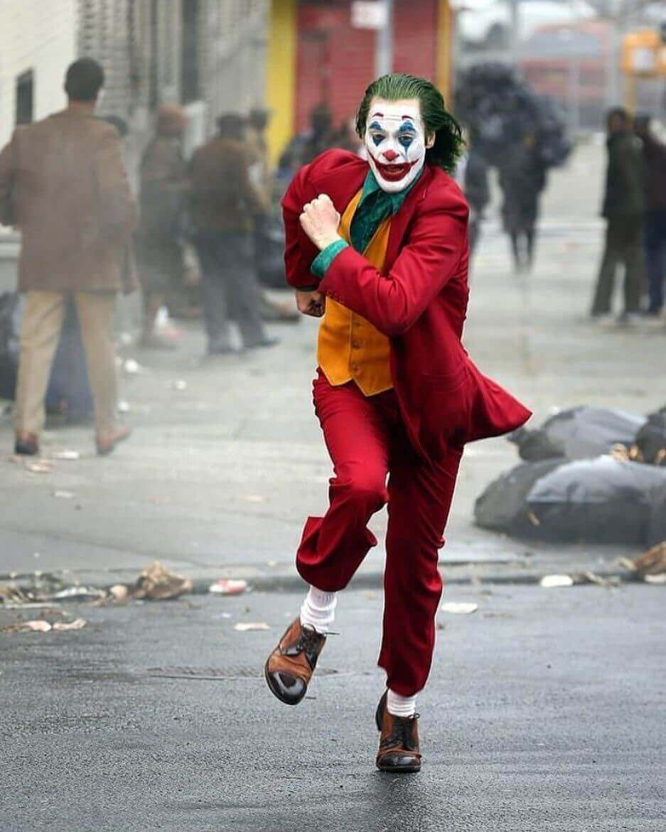 How to Break Down a Script for Wardrobe - Arthur, New Joker, runs from the cops