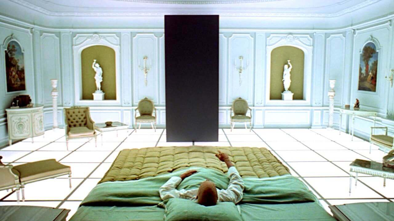 Mise En Scene Examples - 2001 A Space Odyssey