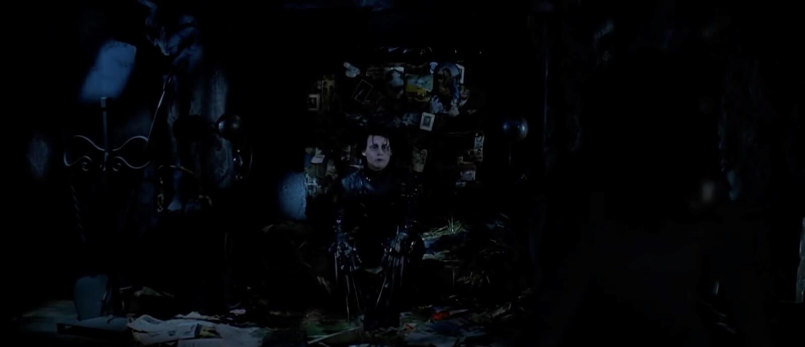 Burtonesque - Theartrical Tim Burton Set Design in Edward Scissorhands