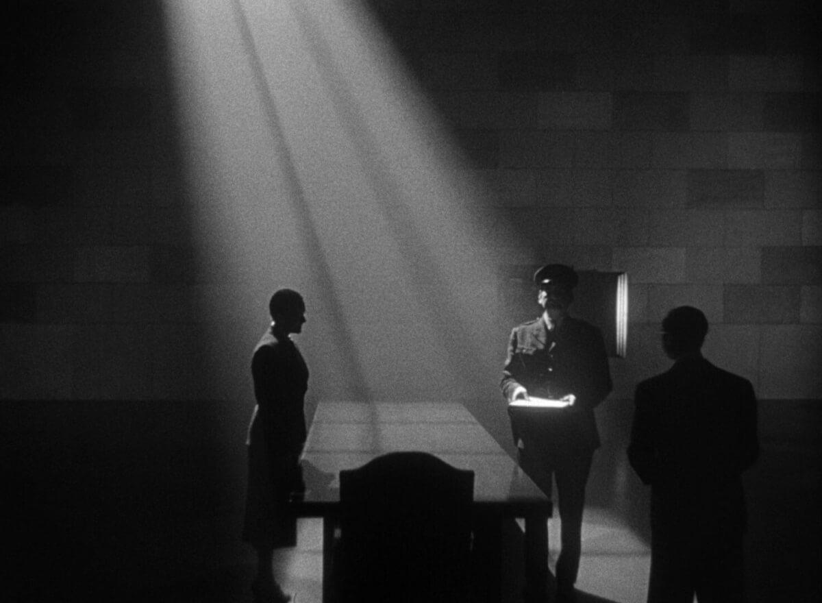 Chiaroscuro in Film - Citizen Kane