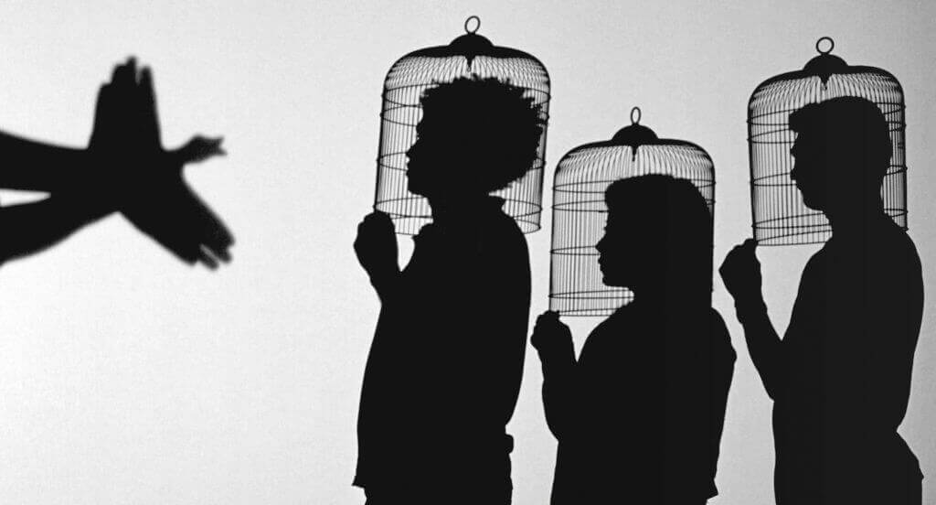 Creative Photography Ideas - Shadow Play by Javier Téllez